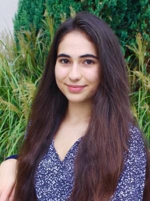 Anna Darwish headshot